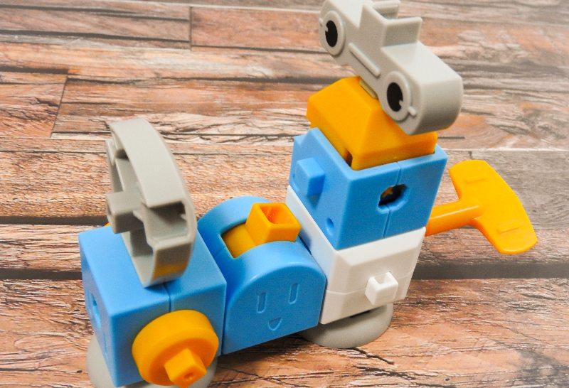 へんしんロボキットで作った謎のロボット
